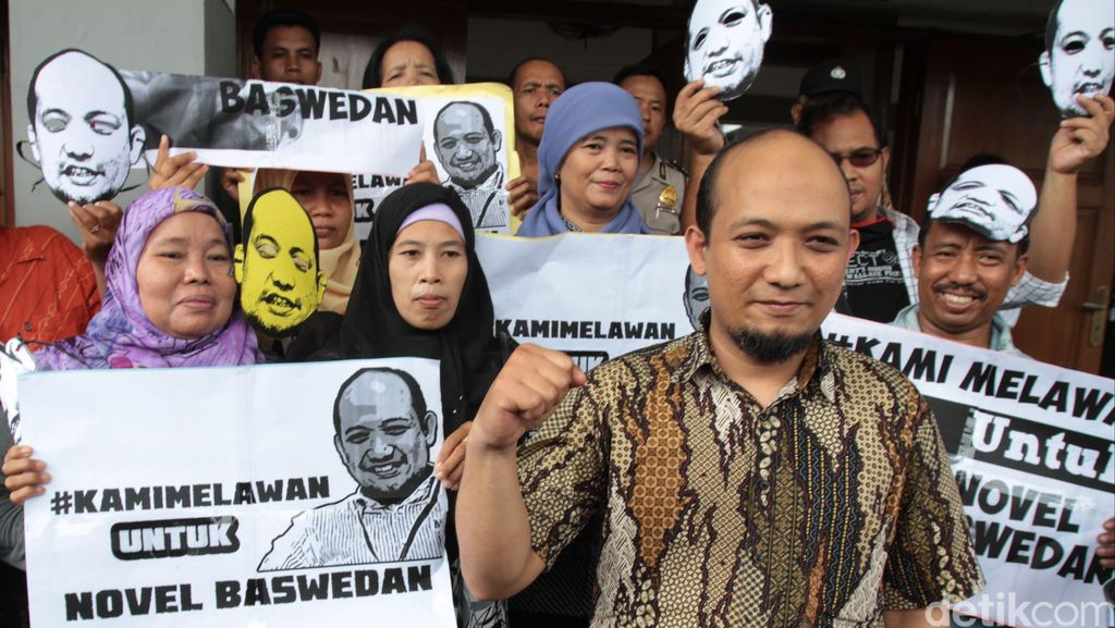 Presiden Jokowi Hanya Minta Kasus Novel Diselesaikan, Tak Ada Barter Jabatan
