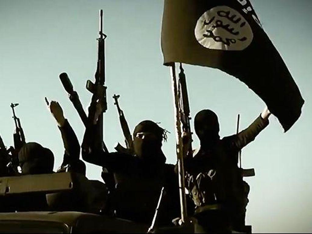 Dua Remaja Putri Inggris Menikah dengan Tentara ISIS