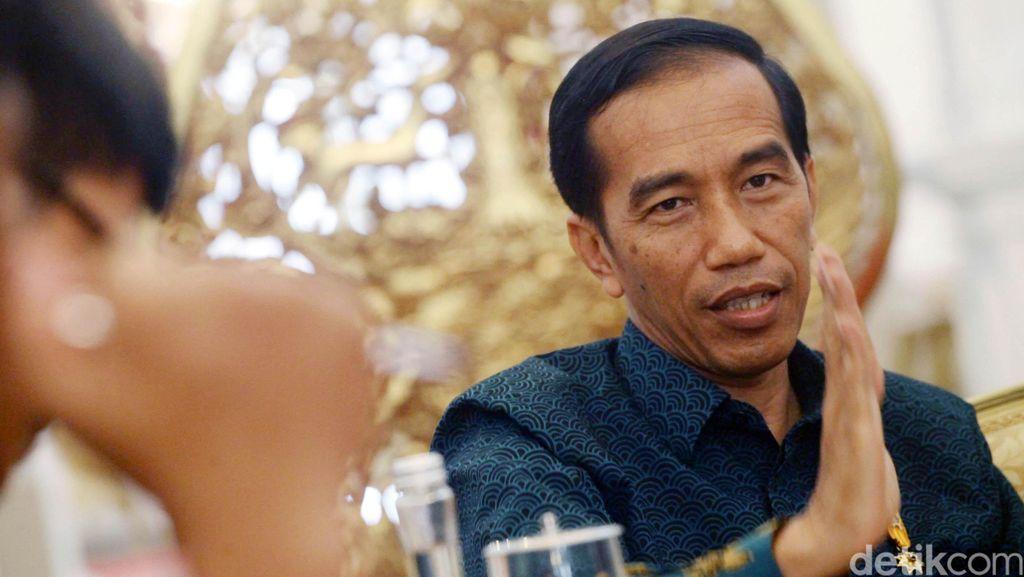 Jokowi Doakan Korban Hercules Saat Apel HUT Bhayangkara