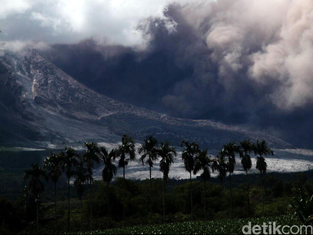 Erupsi Sinabung Diperkirakan Bisa Sampai 5 Tahun