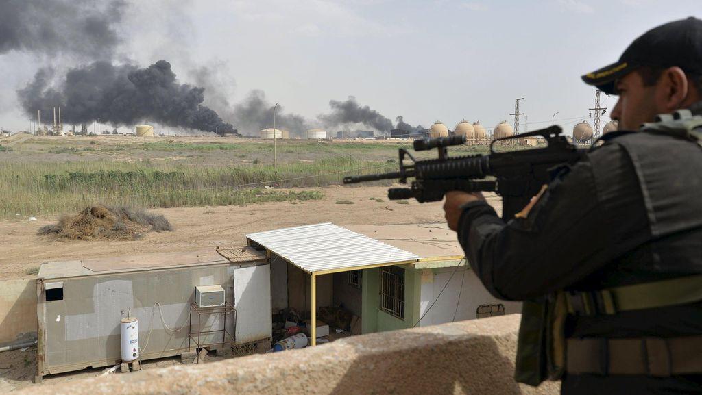 Kebakaran Landa 2 Kilang Minyak di Libya Setelah Digempur ISIS