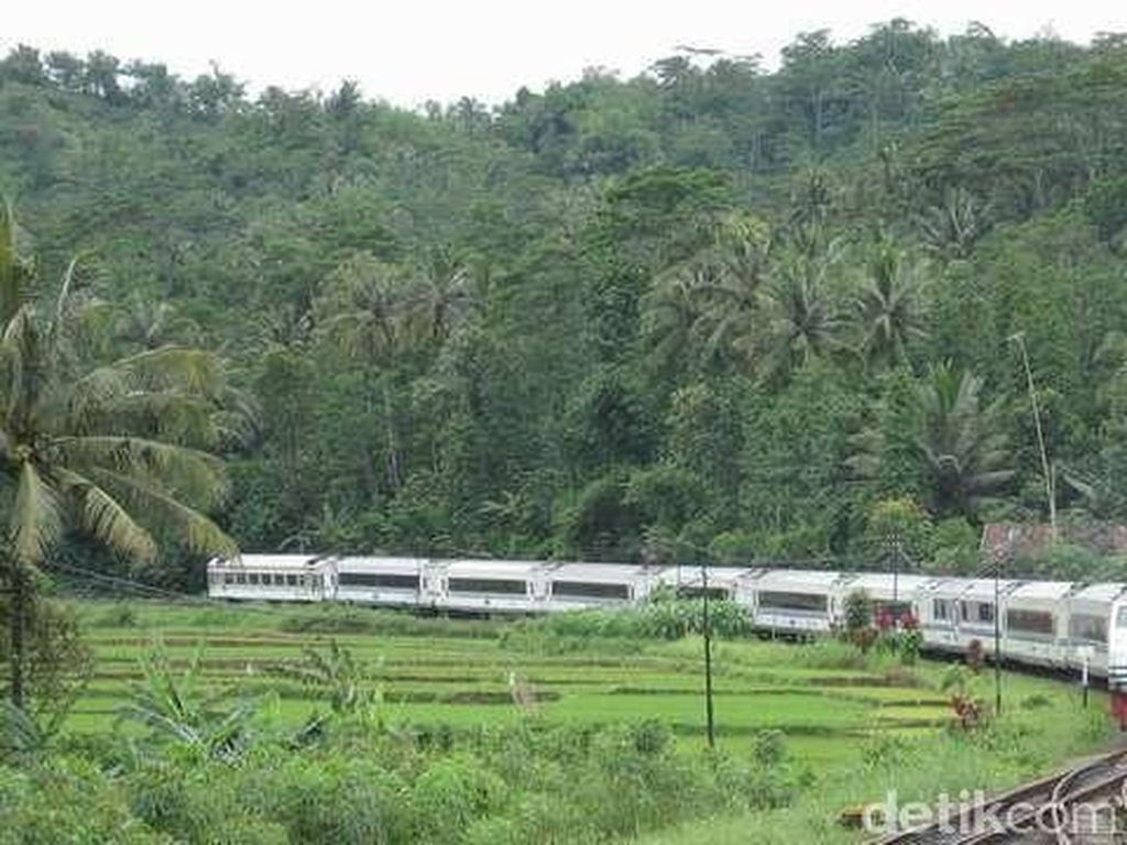 Operasional Loket Stasiun PT KAI Daop IV Semarang akan Dibatasi