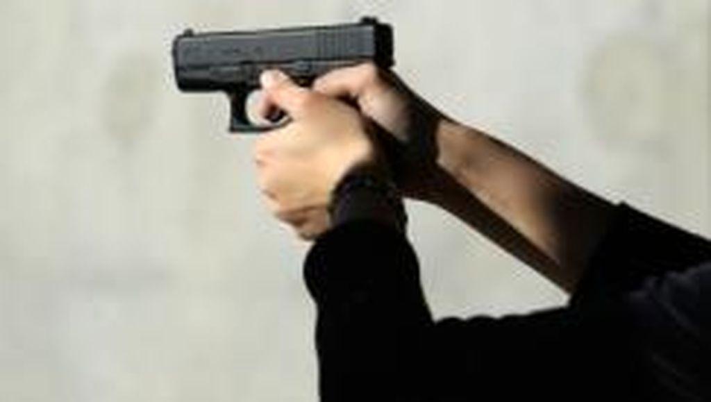 Tegur Pemotor Ugal-Ugalan, Saldi Malah Ditembak di Duren Sawit