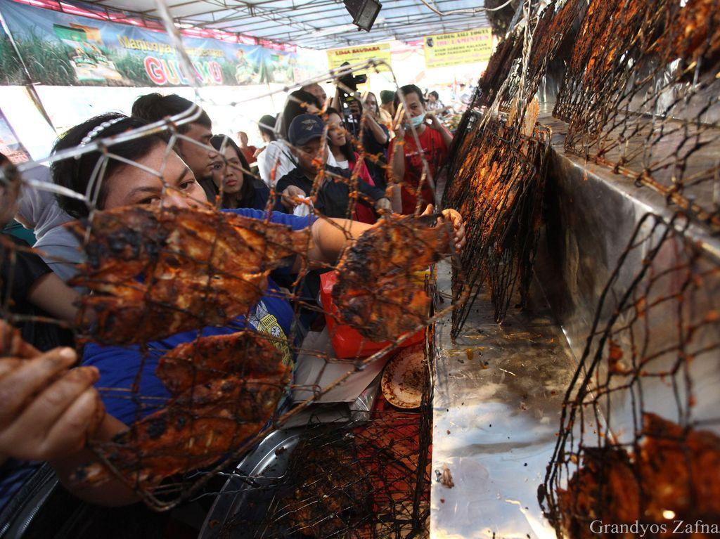 Produk Kedaluwarsa dan Bermasalah Ditarik dari Pasar Tradisional di Solo