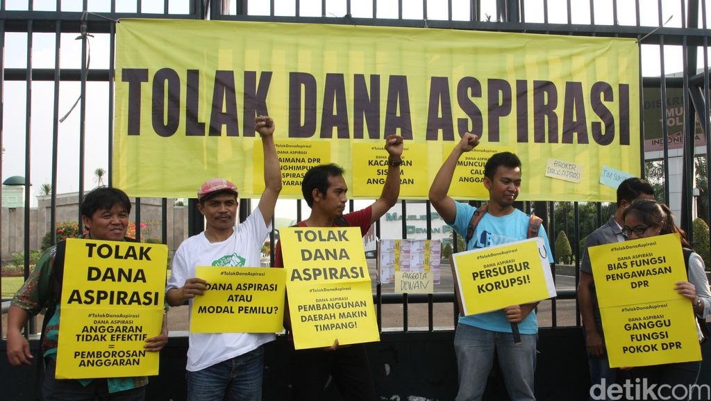 Hentikan Pembahasan Dana Aspirasi DPR!