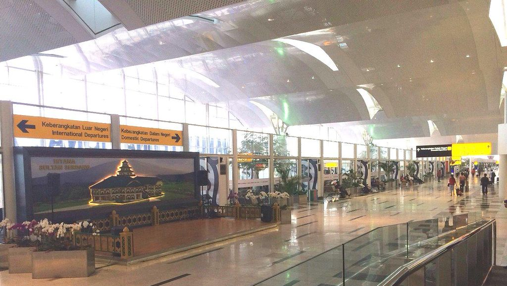 2 Penerbangan Garuda di Bandara Kualanamu Delay
