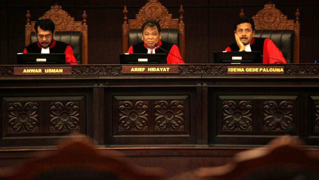 Putusan MK Restui Politik Dinasti Menuai Kritik