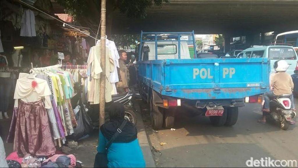 Wali Kota Jakpus: PKL di Jalanan Tanah Abang Berasal dari Blok G