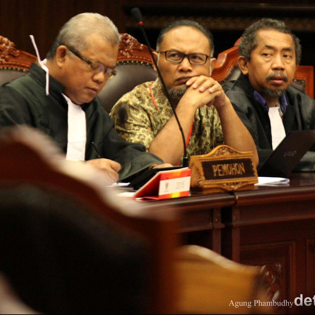 Jalan Panjang Mencari Keadilan dari Belenggu Kriminalisasi