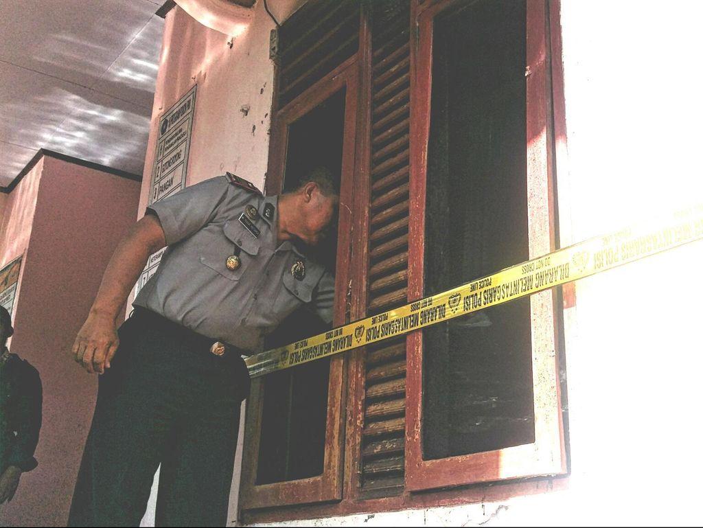 Kantor Kepala Desa di Sukabumi Dibakar Orang Tak Dikenal