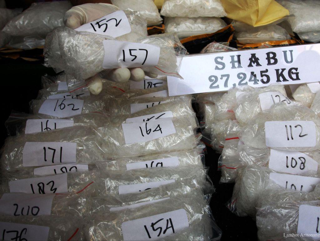 Operasi di Bulan Ramadan, Polisi Tangkap 20 Penjahat Narkoba di Palembang