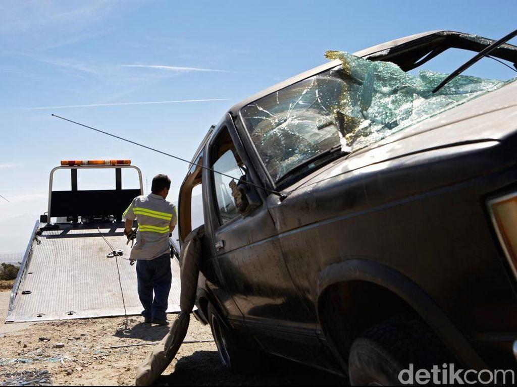 Tabrakan Maut Minibus dengan Dump Truck di Pidie, 4 Tewas