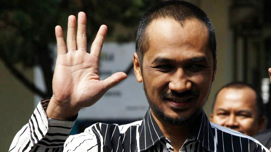 Pengacara Abraham Samad Pertanyakan Bertambahnya Pasal Sangkaan Pidana