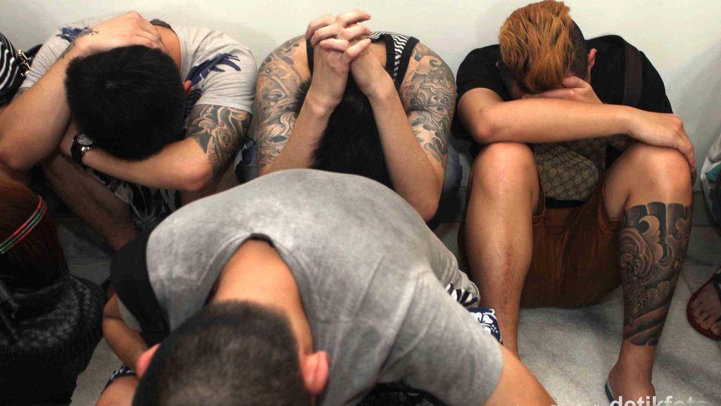 Polda Metro Tangkap 6 WNA Pelaku Kejahatan Perbankan