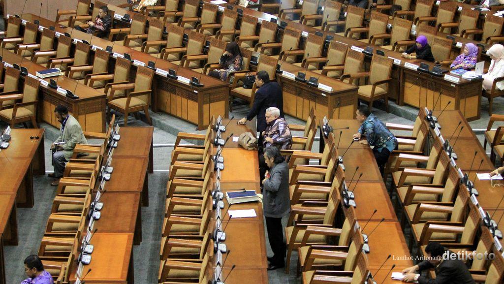 PDIP Tak Hadir Rapat Paripurna Usulan Dana Aspirasi DPR