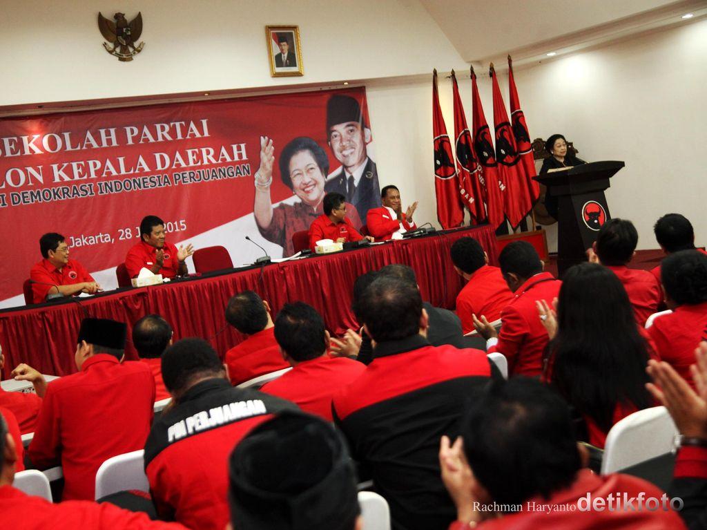 PDIP: Perlu Dukungan Politik, Jokowi Harus Tarik Menteri dari Luar KIH