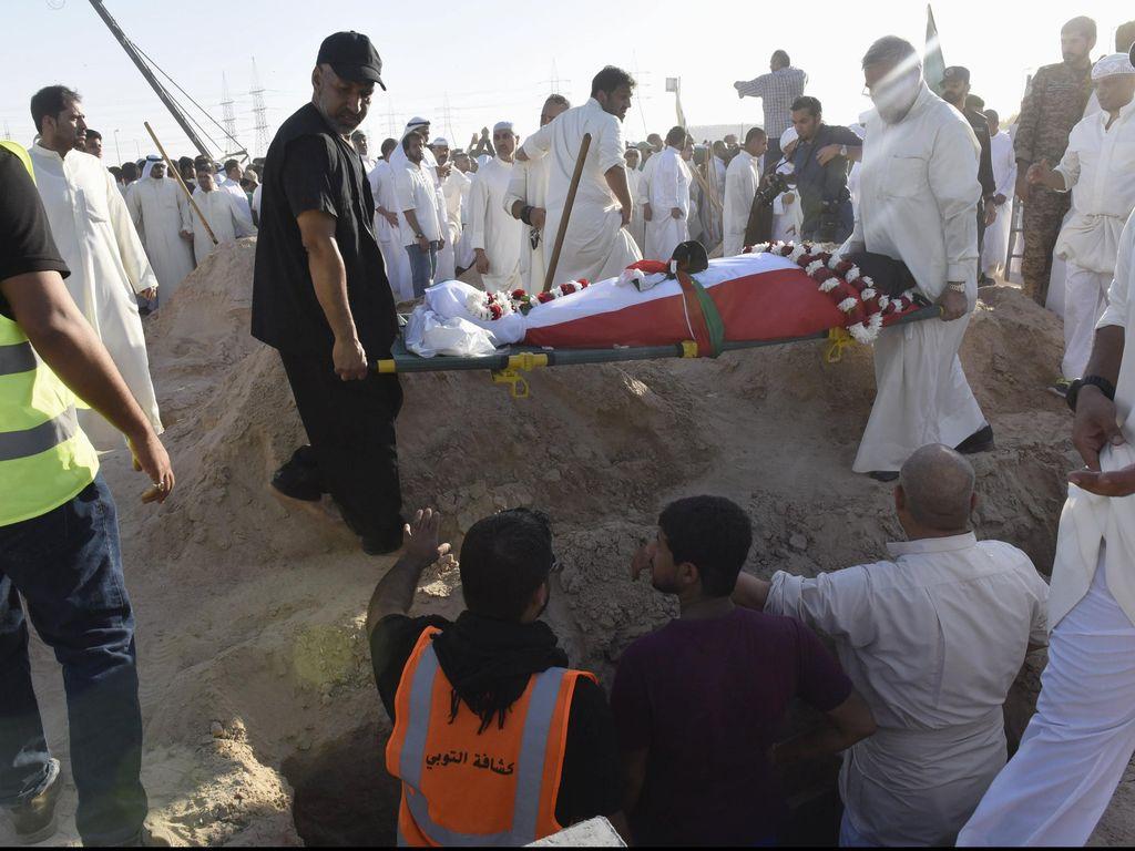 Pemerintah Kuwait: Pelaku Bom Bunuh Diri di Masjid Kuwait WN Arab Saudi