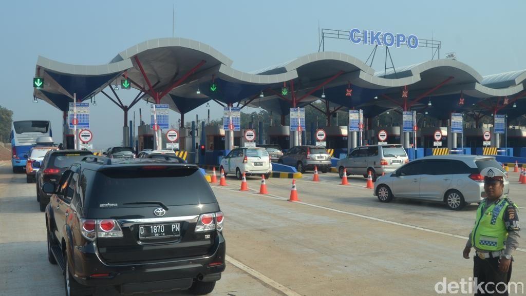 Pengguna Tol di Semarang Diprediksi Capai 119 Ribu Kendaraan Saat Puncak Mudik