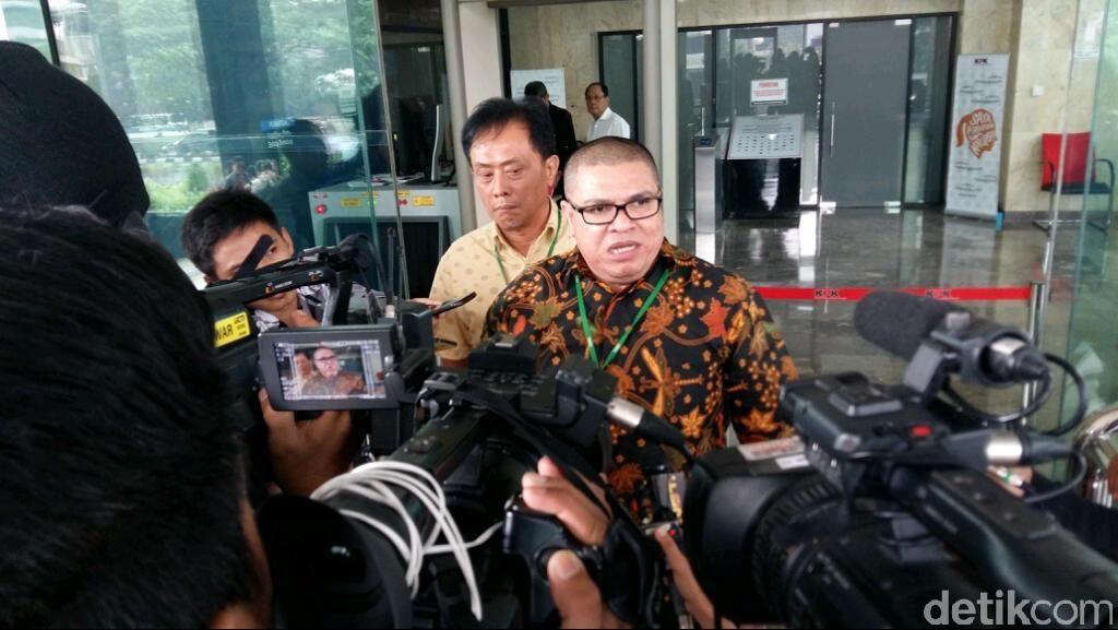 Mengaku Telah Bebas dari Penjara, Pengacara Razman Arif Muncul KPK