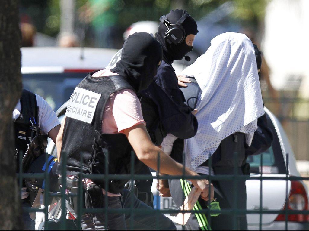 Pelaku Serangan Brutal di Prancis Bantah Termotivasi Jihad