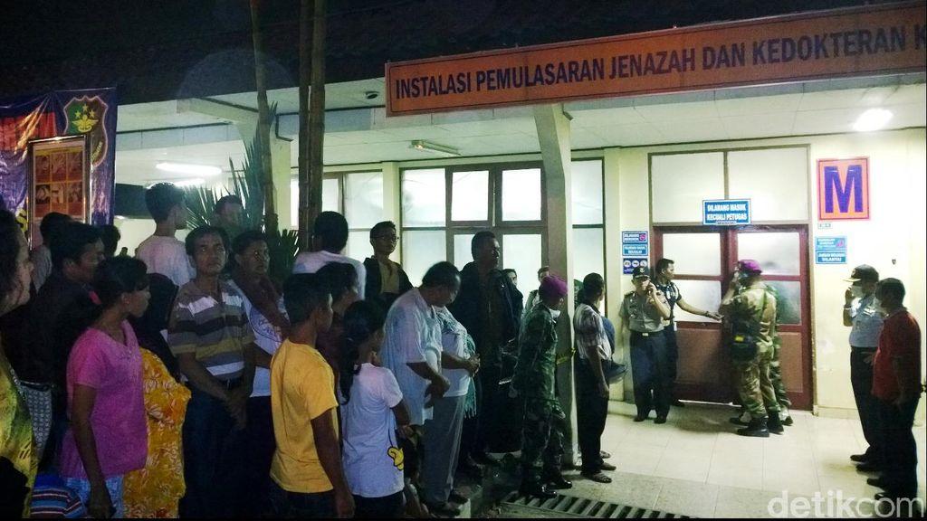 Tunggu Kabar Resmi, Keluarga Kru Hercules di Semarang Gelar Doa Bersama