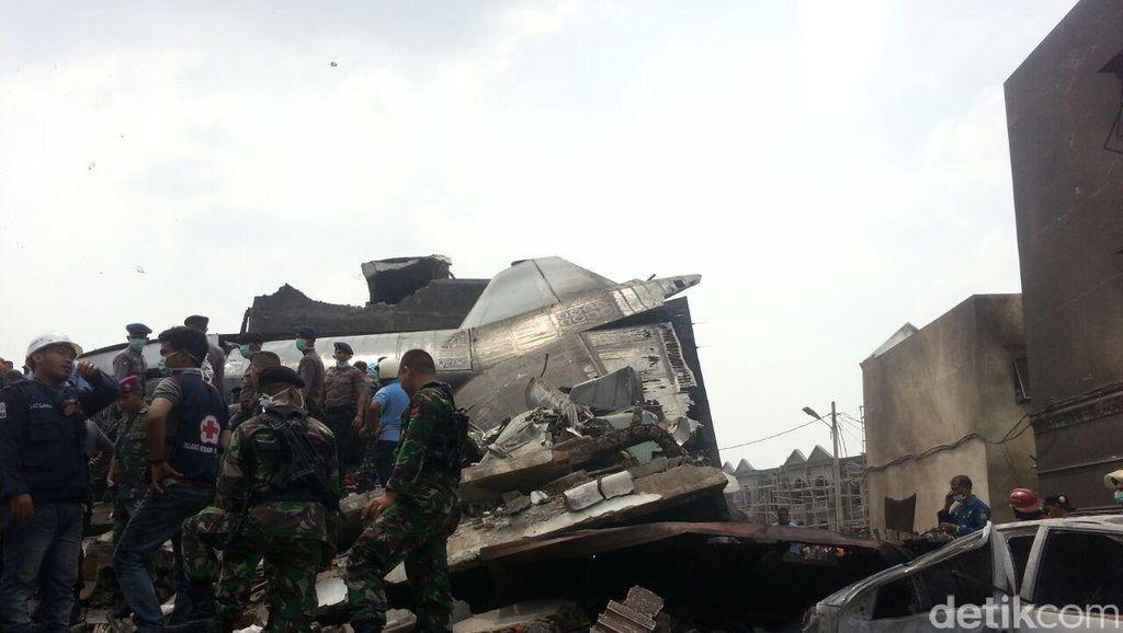 TNI AU Pastikan Korban Sipil Hercules Jatuh Tetap Ditanggung Asuransi