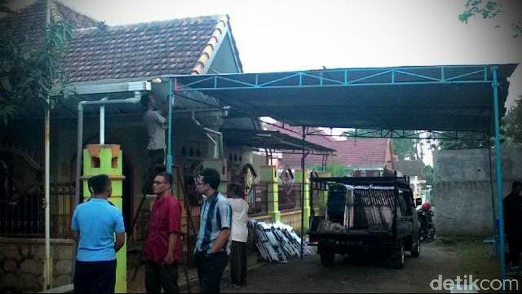 Suasana Haru Selimuti Kompleks Perumahan TNI AU di Malang