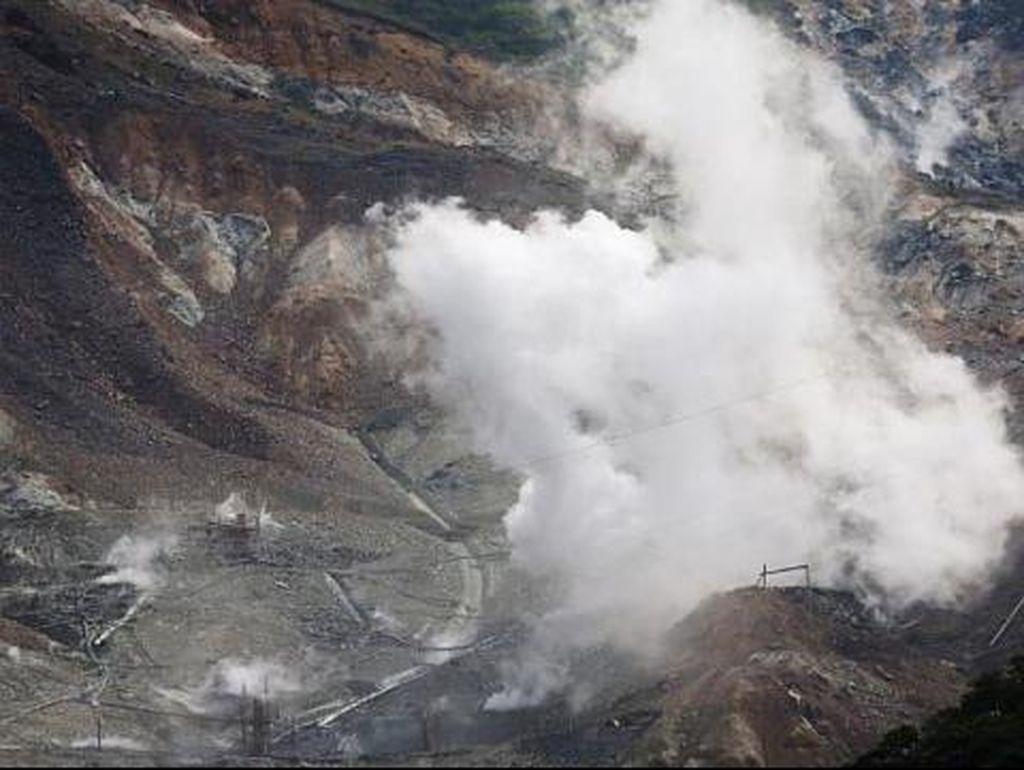 Ada Letusan Gunung Berapi, Resor Populer Dekat Tokyo Ditutup
