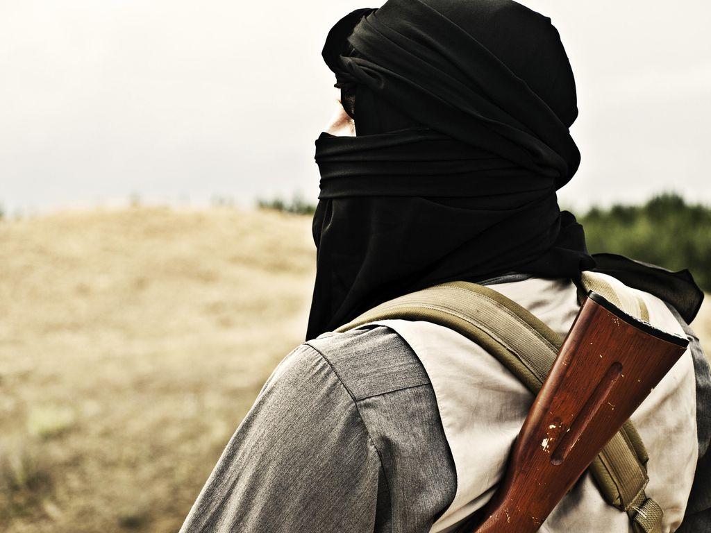 Bangladesh Tangkap 12 Anggota Al-Qaeda, Sita Senjata dan Bom