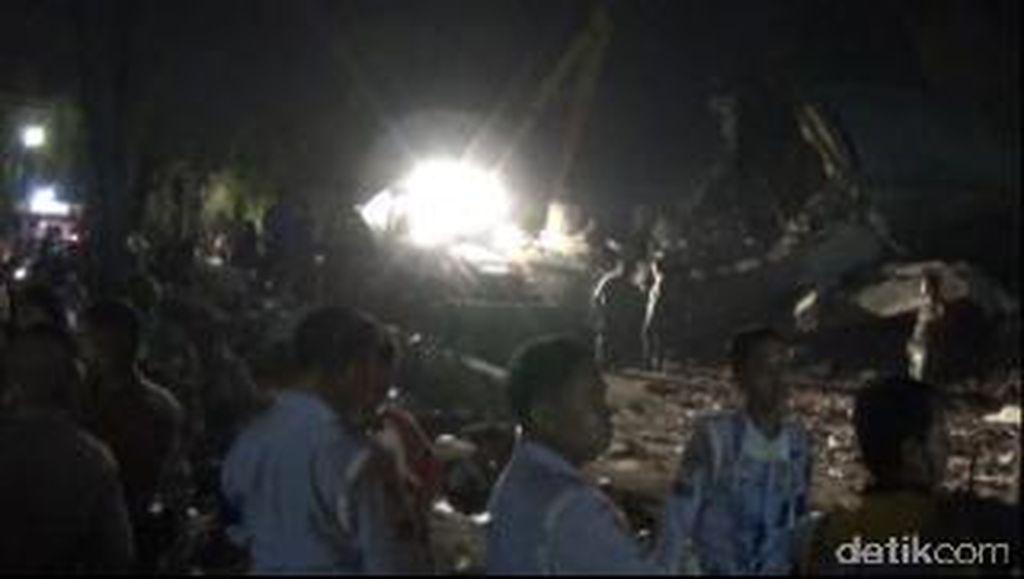 Malam ini Evakuasi Terus Dilakukan, Begini Kondisi di Lokasi