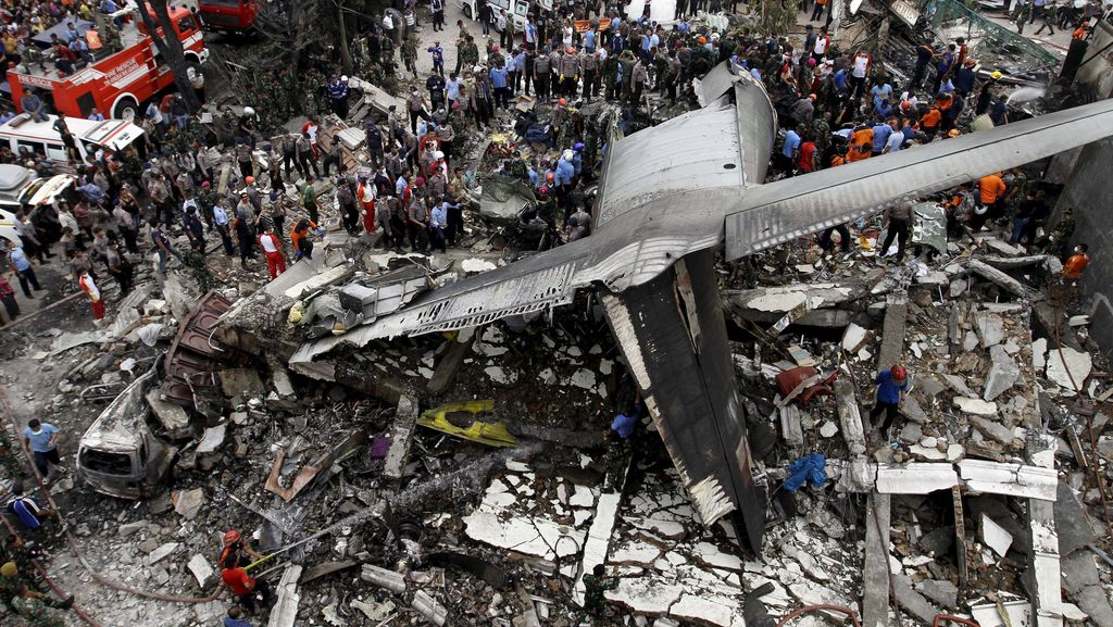 KSAU: Posisi Pesawat Hercules Jatuh Terbalik