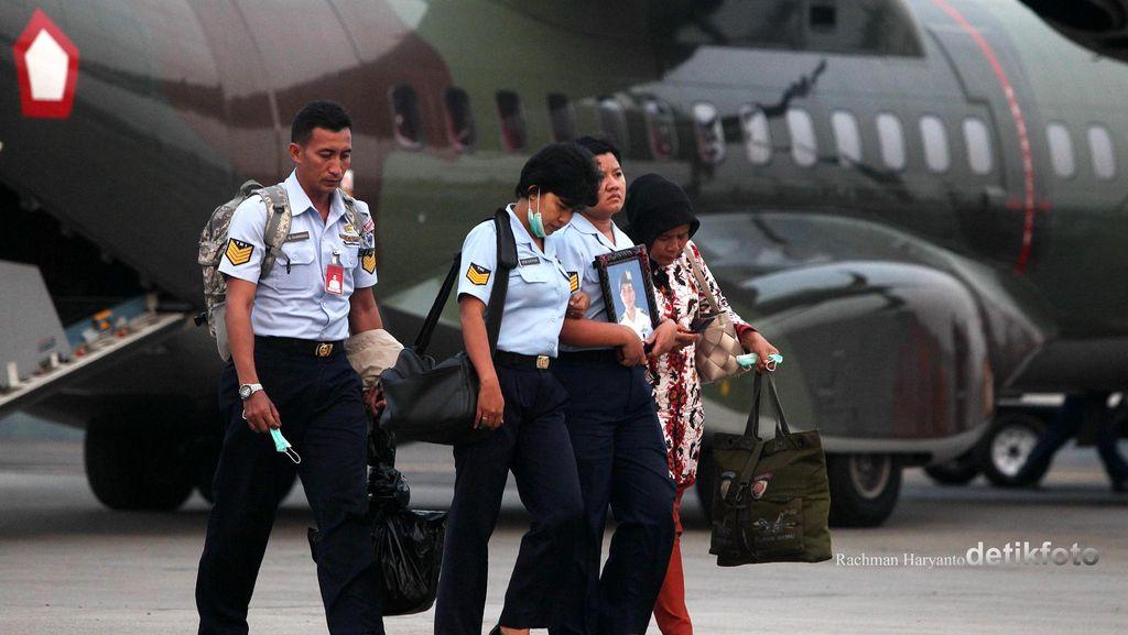 Soal Mahasiswa di Pesawat, Ini Penjelasan Pangkoops I TNI AU