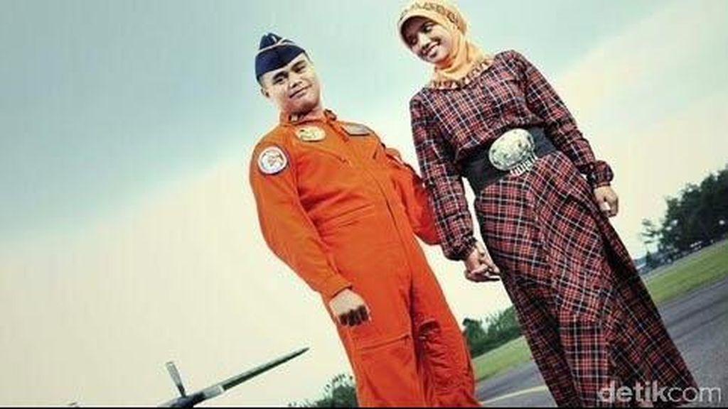 Pesan tak Bisa Pulang Saat Lebaran dari Kapten (Nav) Riri Setiawan untuk Istrinya
