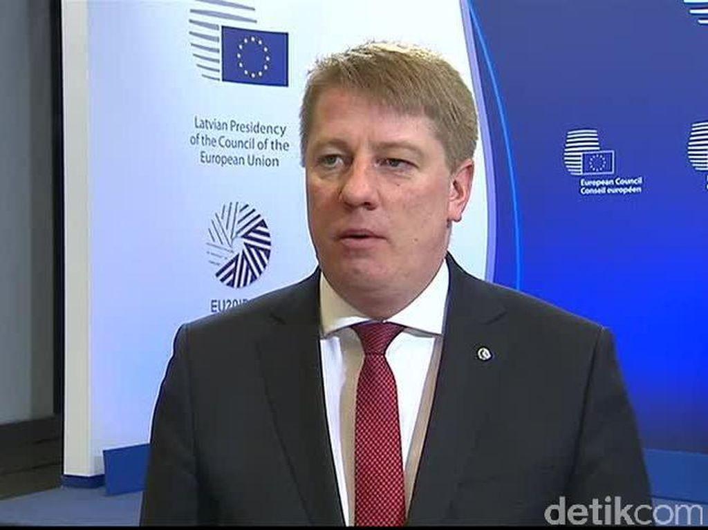 UE Akan Hapus Biaya Roaming Internet