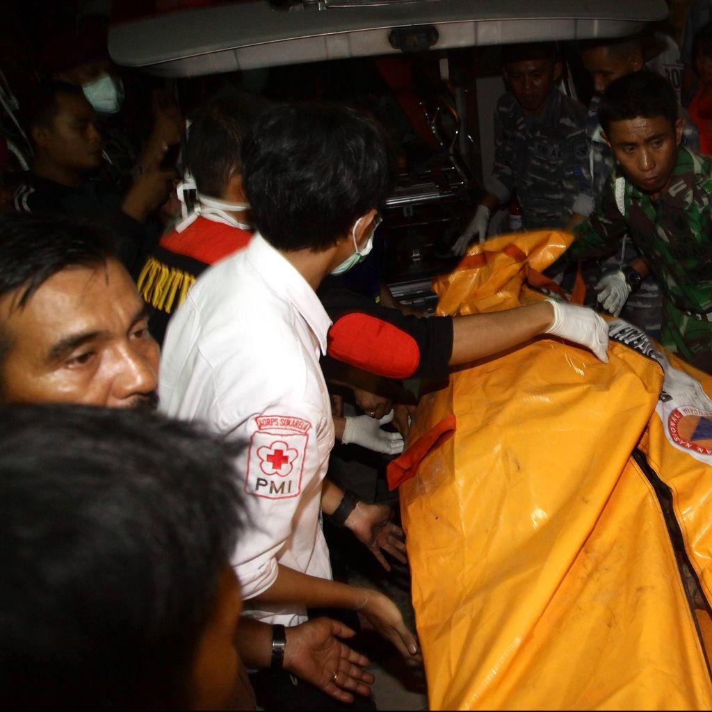 31 Kantong Jenazah Korban Hercules Dipindahkan ke RS Bhayangkara