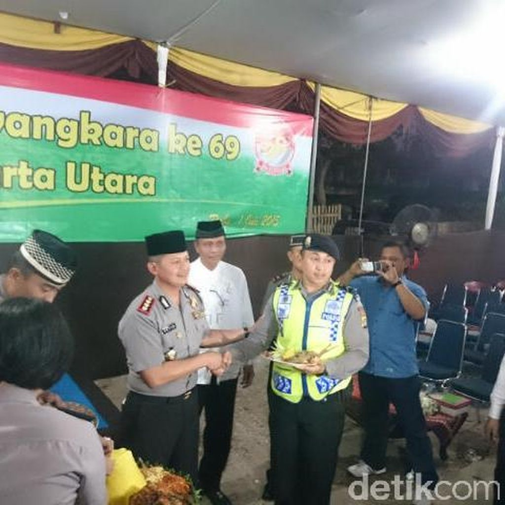 HUT Bhayangkara, Polres Jakut Gelar Syukuran dengan Warga Kolong Tol