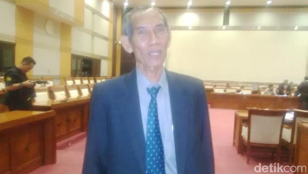 Anggota DPR: Masih Naik Motor, Pak Calon Hakim Agung Suhardjono?