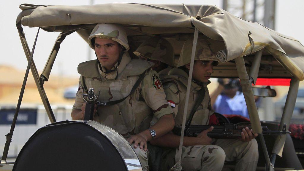 20 Tentara Mesir Tewas dalam Serangan Militan di Sinai