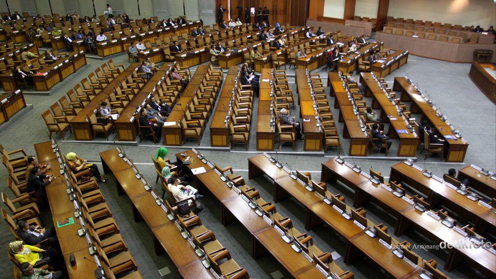 Jika Jokowi Beri KMP Menteri, Apa Otomatis Kerja DPR Ngebut?