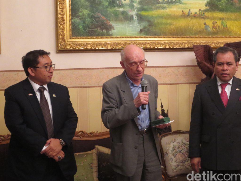 Fadli Zon Dapat Hibah Jam Tangan Pemberian Sukarno dari Penerjemah Rusia