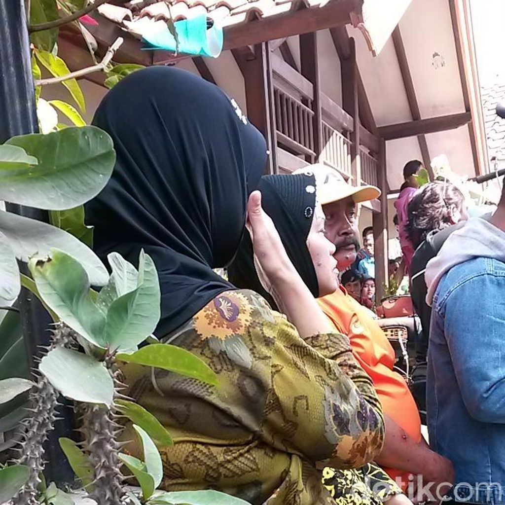 Kisah Sertu Aang Pamit Pergi Lama ke Warga usai Pimpin Salat