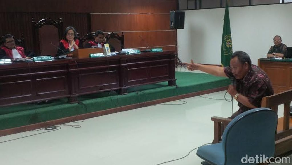 Jaksa KPK Cecar Jhonny Allen Soal Bagi-bagi Duit ESDM di Pondok Indah