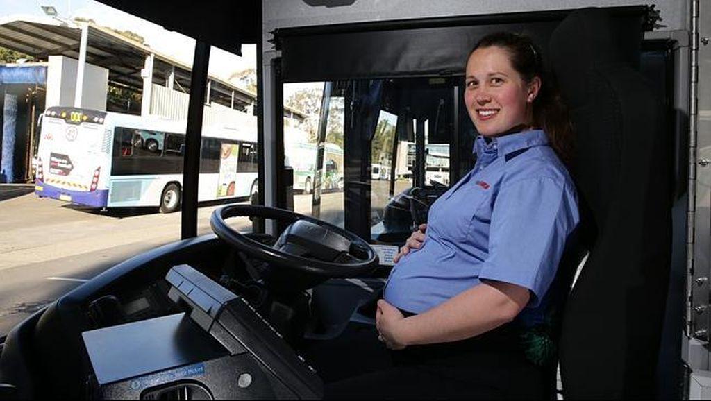 Wuih! Hamil 9 Bulan, Sopir Bus di Australia Tetap Bekerja
