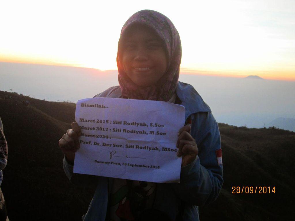 Siti Rodiyah Ingin Balas Budi ke Negara dengan Jadi Dosen
