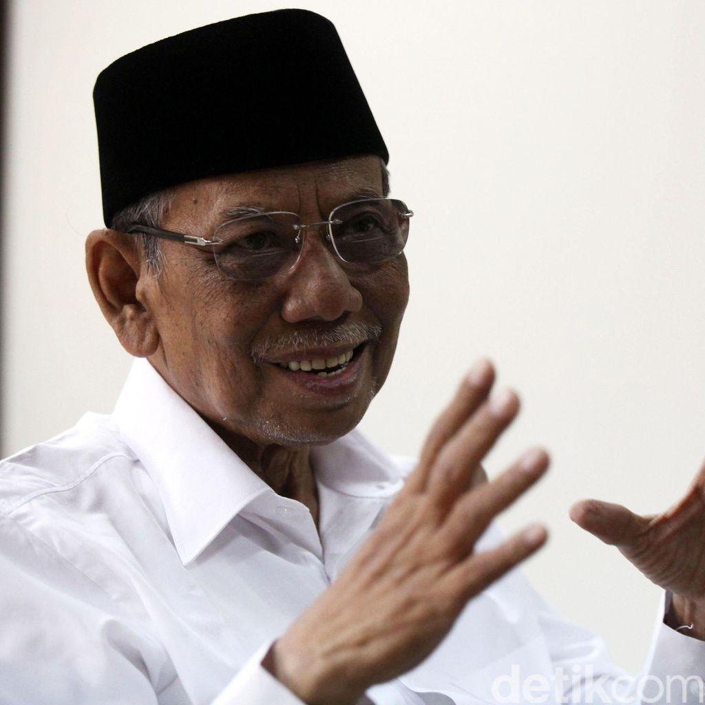 Wantimpres KH Hasyim Muzadi: Rekonsiliasi Penyelesaian Kasus HAM Berat