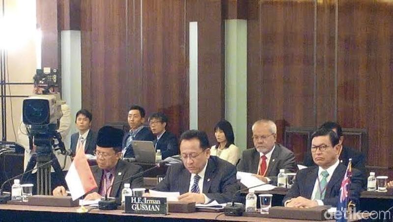 DPD Bahas Pembangunan Daerah Hingga Konsep Era MIKTA di Forum 5 Negara