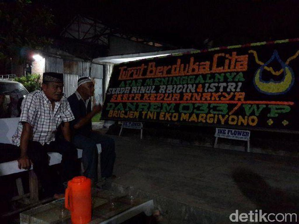 Malam Ini 2 Anak Almarhum Serda Ainul Dimakamkan di Pekanbaru