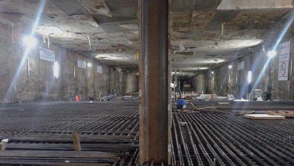Bentuk Stasiun Bawah Tanah MRT di Senayan Mulai Terlihat
