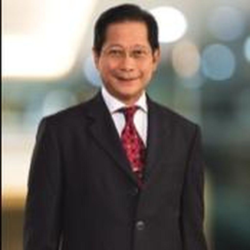Presiden Direktur BCA Jadi CEO Pilihan Bisnis Indonesia Award 2015