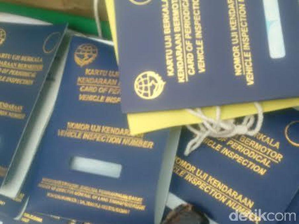Polda Metro Tangkap 2 Orang Pemalsu Buku KIR